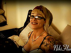 """Filmed in Oct `13 this is friend Kelly-Anne demoing her ability to """"pussy squirt"""" li..."""