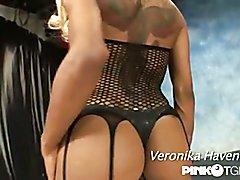 he wonderful debut of the overwhelming Veronika Havenna
