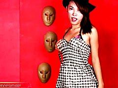 Another new super sexy Filipina femboy for you. Nina from Manila has simply a feminine face ...