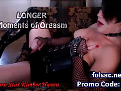 Sexy af White Trannies Kimber Haven and her DD tits girlfriend, Raven Roxx, suck the life ou...