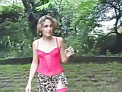 Sexy Brazilian SM Rafaela in another hot outdoor scene with close-up rimming shots!