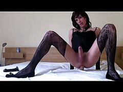 Cross-dressing amateur masturbating