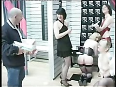 shemale anal fisting - Maitresse Roxanne (4)