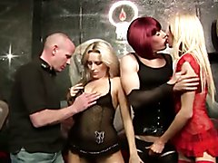 Amateur tranny orgy