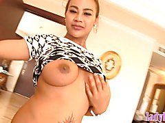 Big tits Tbabe Jasmine fucks guy with her huge cock