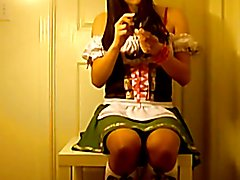 Korean crossdresser, Jooeun Lee masturbatiing her ass hole.
