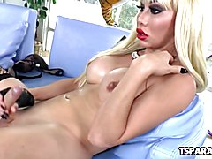 Blonde Shemale Babe Ximena Pleases Herself
