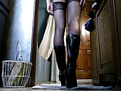 Young Tranny Showing off in Lingerie