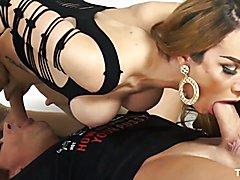 Carla Novaes - Kinky shemale likes it rough
