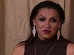 Jessy Dubai tries to break up with her boyfriend Vadim Black but he turns the tables on the ...