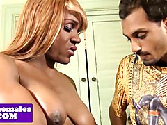 Dicksucking black tranny fucked in big booty
