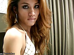 Auburn hair ladyboy blowjobs in POV and squirts a jizz load