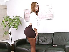 Big booty latina tranny Gabrielli Bianco jerks her massive she-cock on a couch