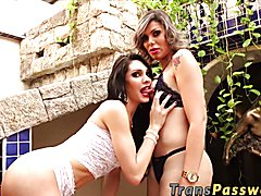 Today we bring you 2 gorgeous ladies together in one scene. Grazie Cinturini and Kananda Hic...