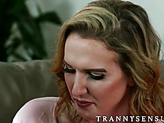 Kayleigh Coxx has cold feet when the day comes where she and her girlfriend Sophia Grace pla...