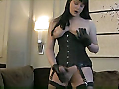 Solo, domination, latex, boots and cum !!! Enjoy