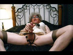 JOANNE SLAM - GRAMMAS NASTY SLIDESHOW